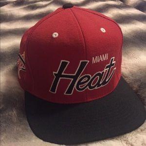 Mitchell & Ness Miami Heat Snapback